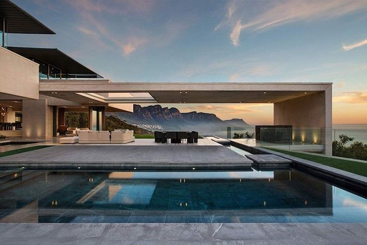 Gorgeous South African Home Perfectly Frames Surrounding Mountain and Sea - My Modern Met