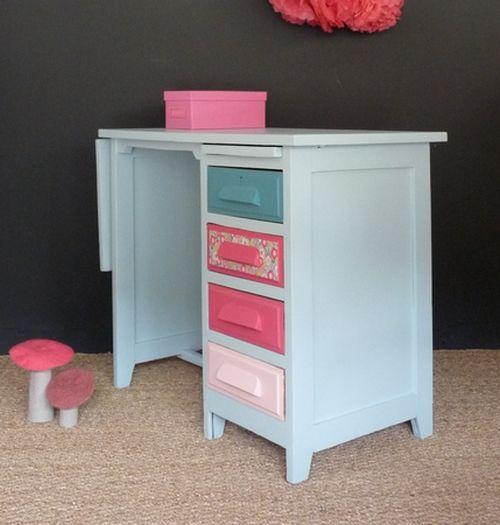 bureau vintage en chêne couleurs pastels - Meubles et mobilier