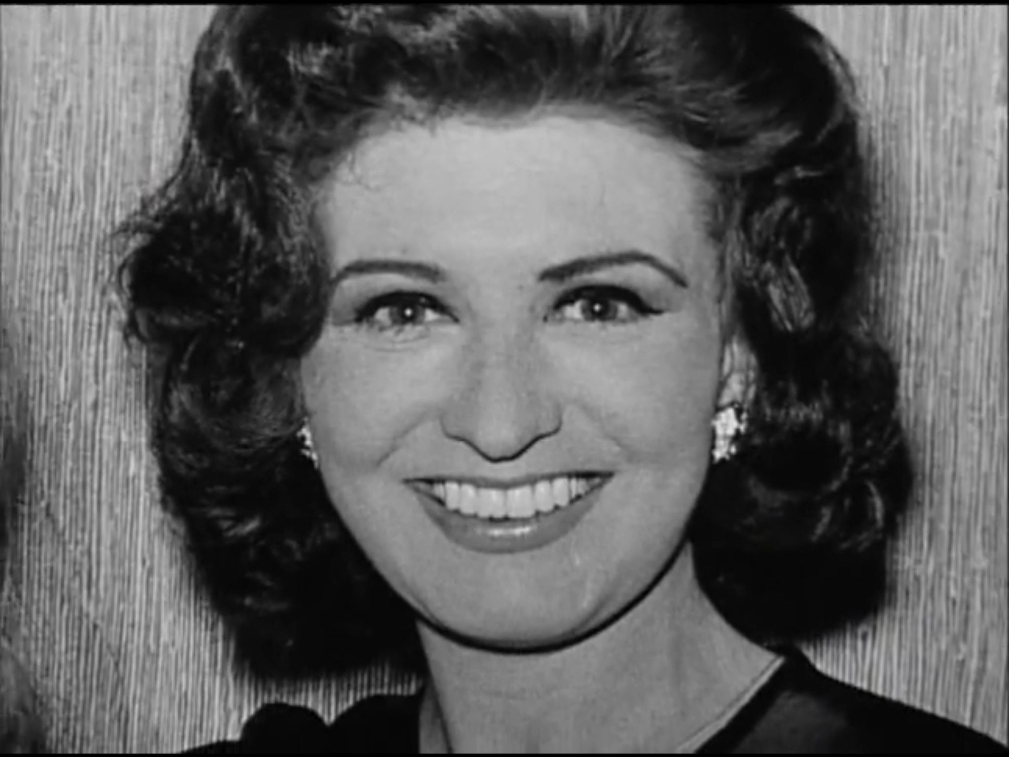 Rejane Magloire Adult tube Anthony Hopkins (born 1937 (naturalized American citizen),Pauline Collins (born 1940)