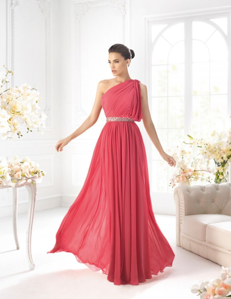 Rochii de seara pentru 2013: Rochii de seara lungi | Dresses ...