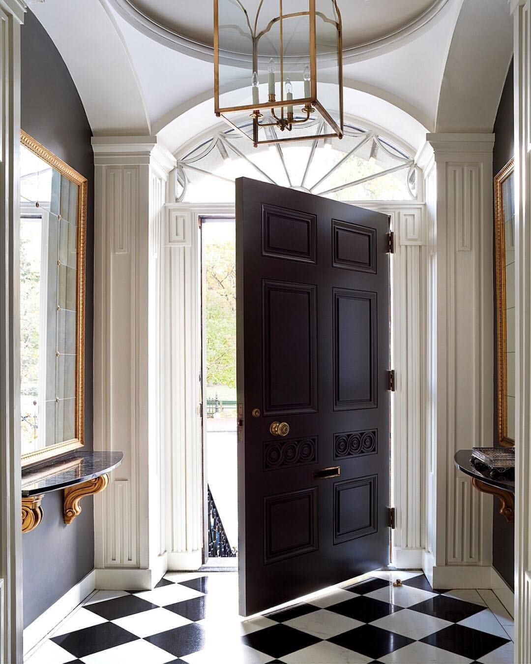 """536 Likes, 5 Comments - Williams Sonoma Home (@wshome) on Instagram: """"A gorgeous entrance into the weekend. 😍 Design by Siemasko + Verbridge"""""""