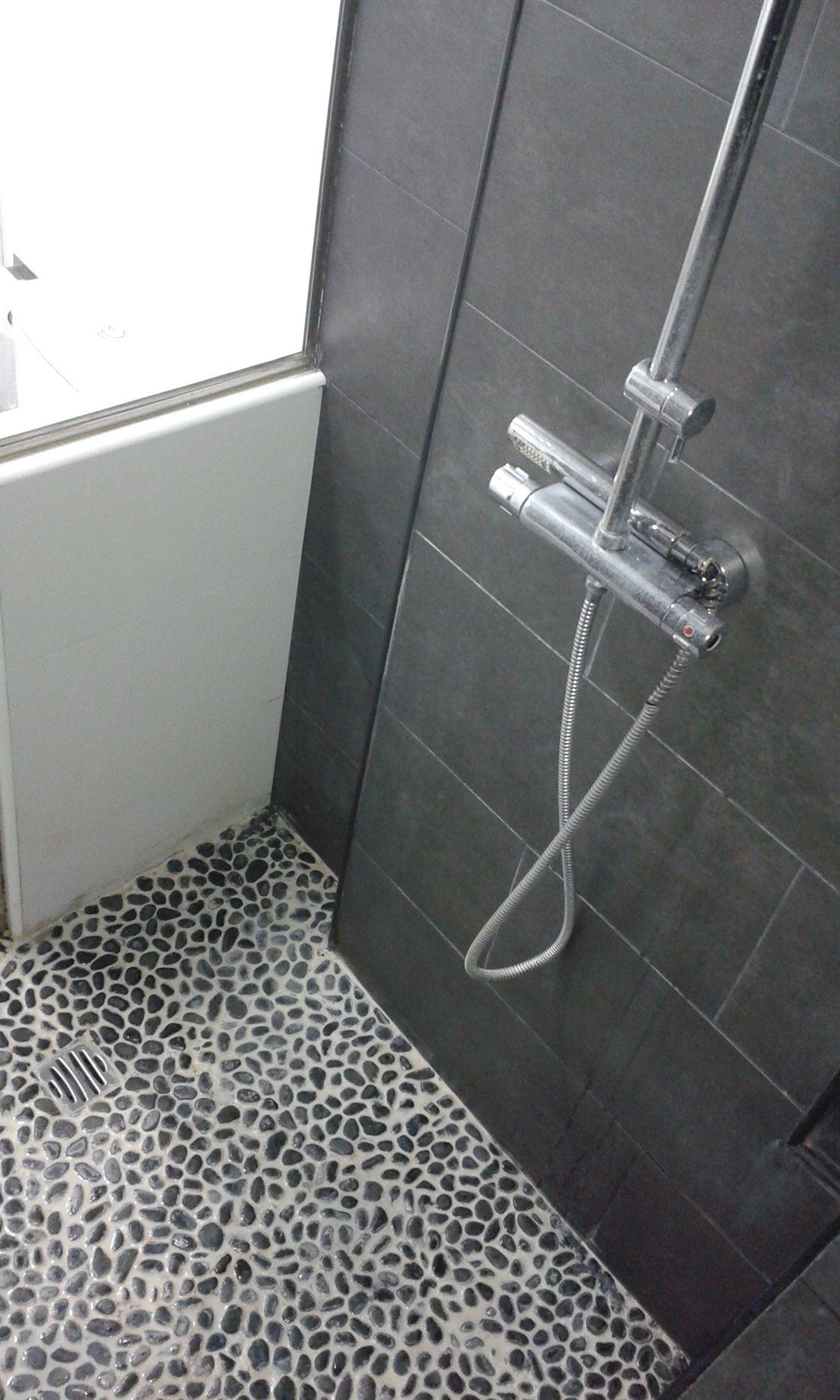 Reforma cocina y baño en blanco y gris - Creares | Remodelación Casa ...