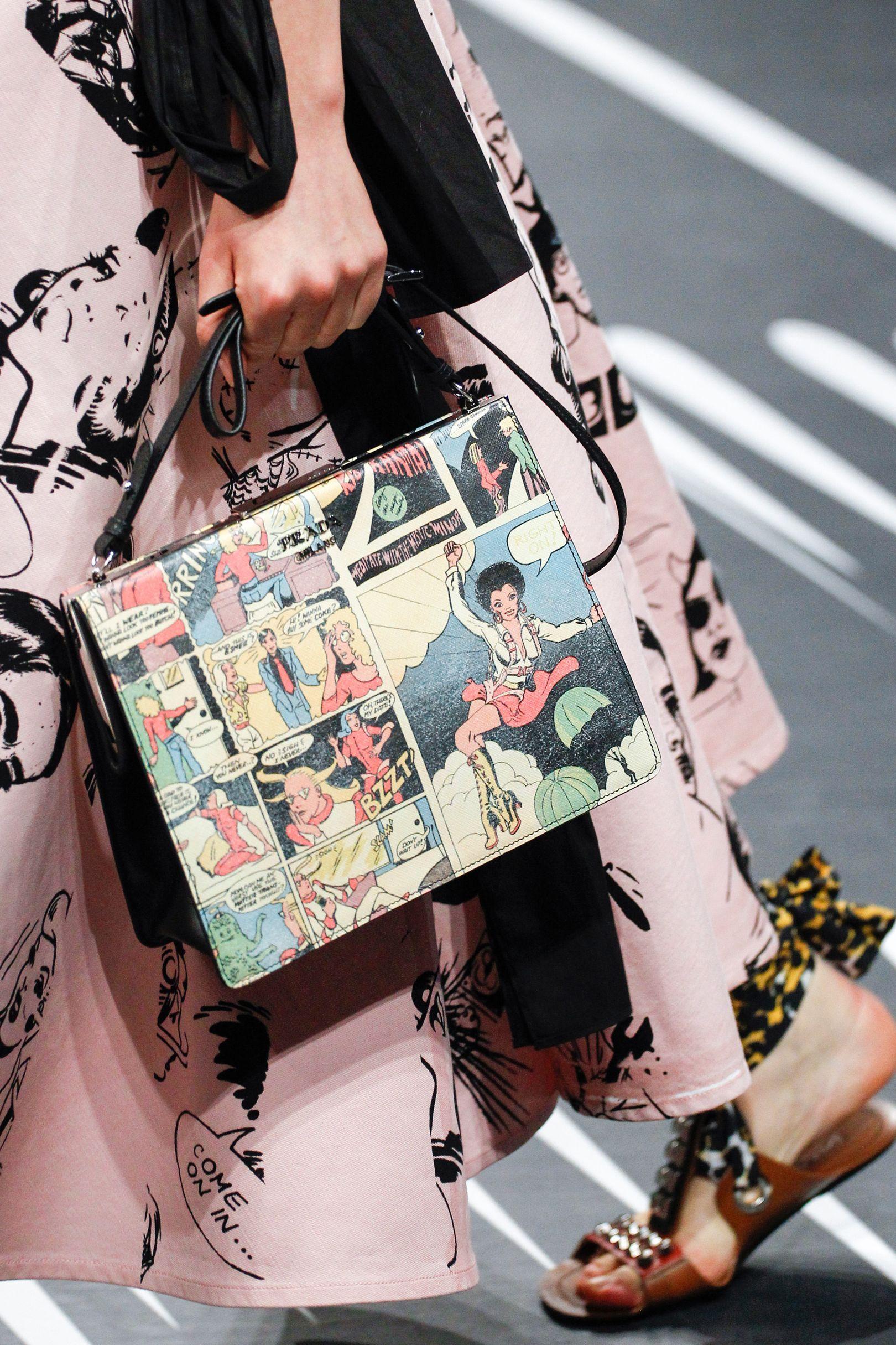 7ff467fa64ec Prada Spring, Womens Glasses, Covet Fashion, Fashion Bags, Fashion Show,  Fashion