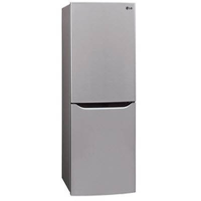 This 10 Cu Ft Refrigerator With Bottom Freezer Offers Sophisticated Style That Fits In Any Space Rea Bottom Freezer Bottom Freezer Refrigerator Refrigerator