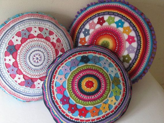 Round Crochet Pillow Cover with Flowers, PDF-Pattern   Crochet ...