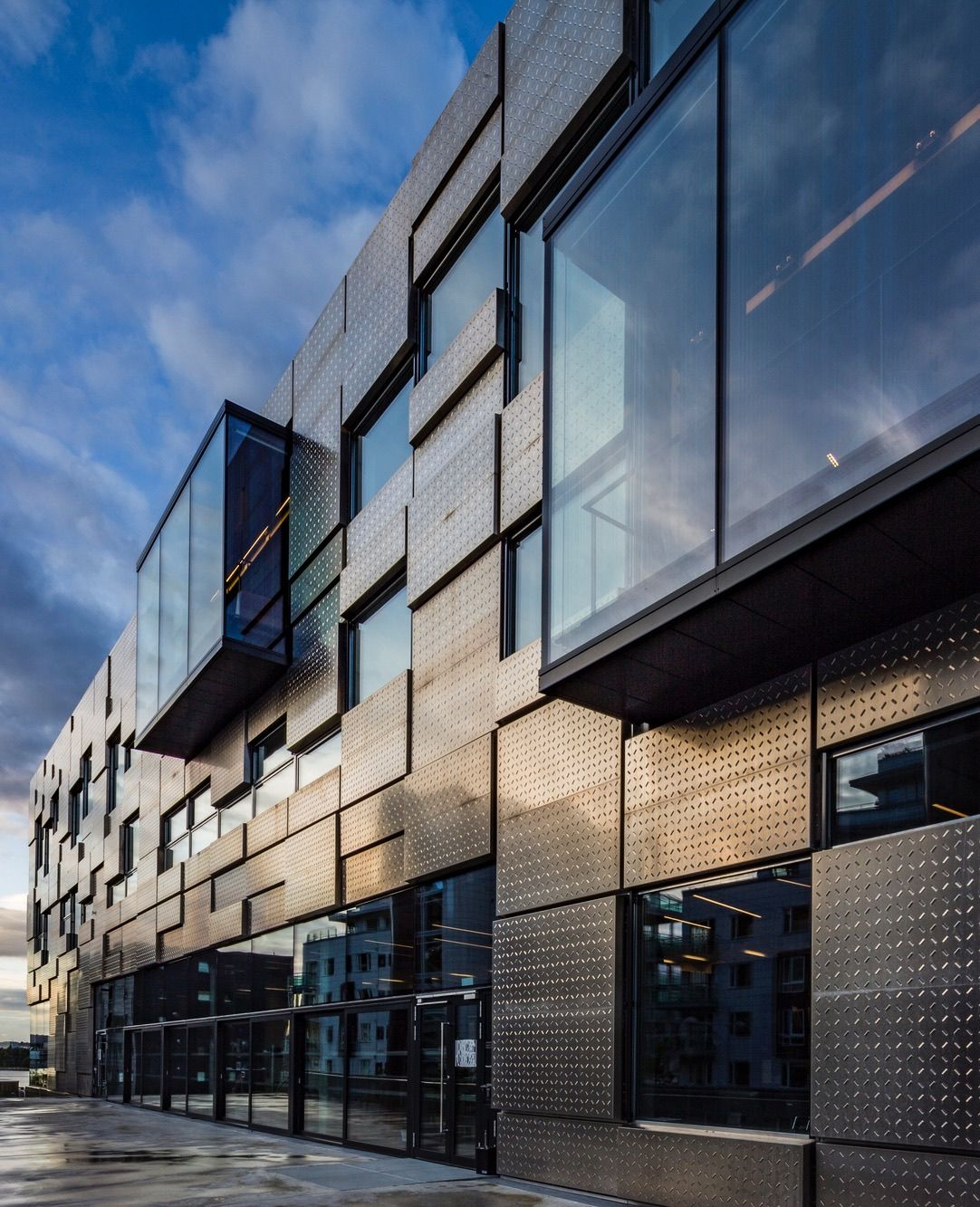 bergen welcomes snhetta designed faculty of fine art