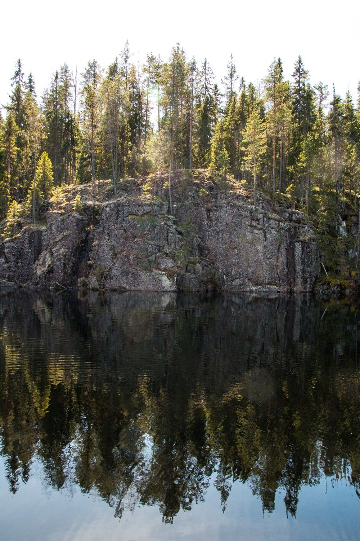 Helvetinkolu / Rinkkaputki http://www.stoori.fi/rinkkaputki/helvetinkolu/