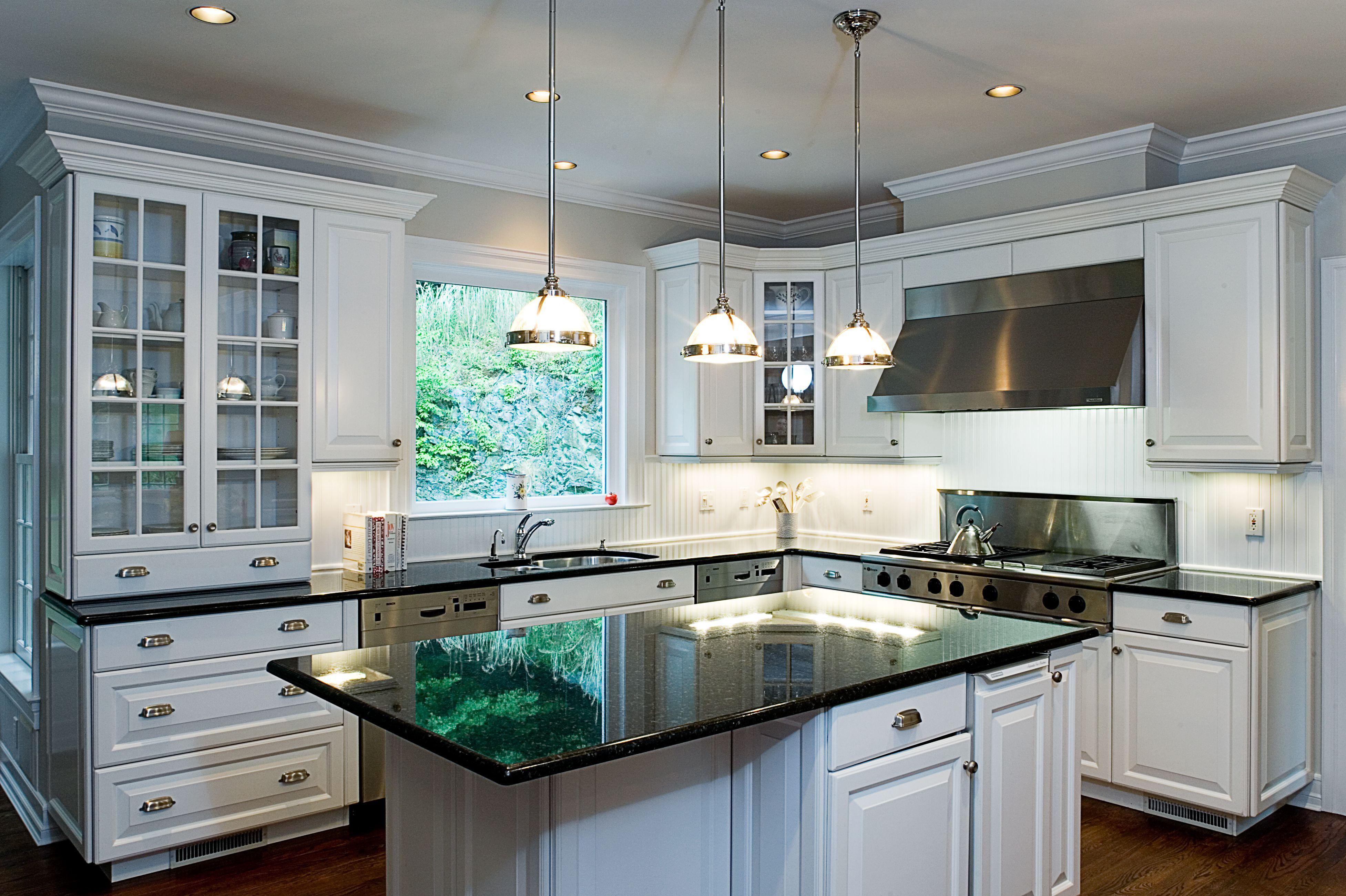 Pin Di Kitchen Cabinet