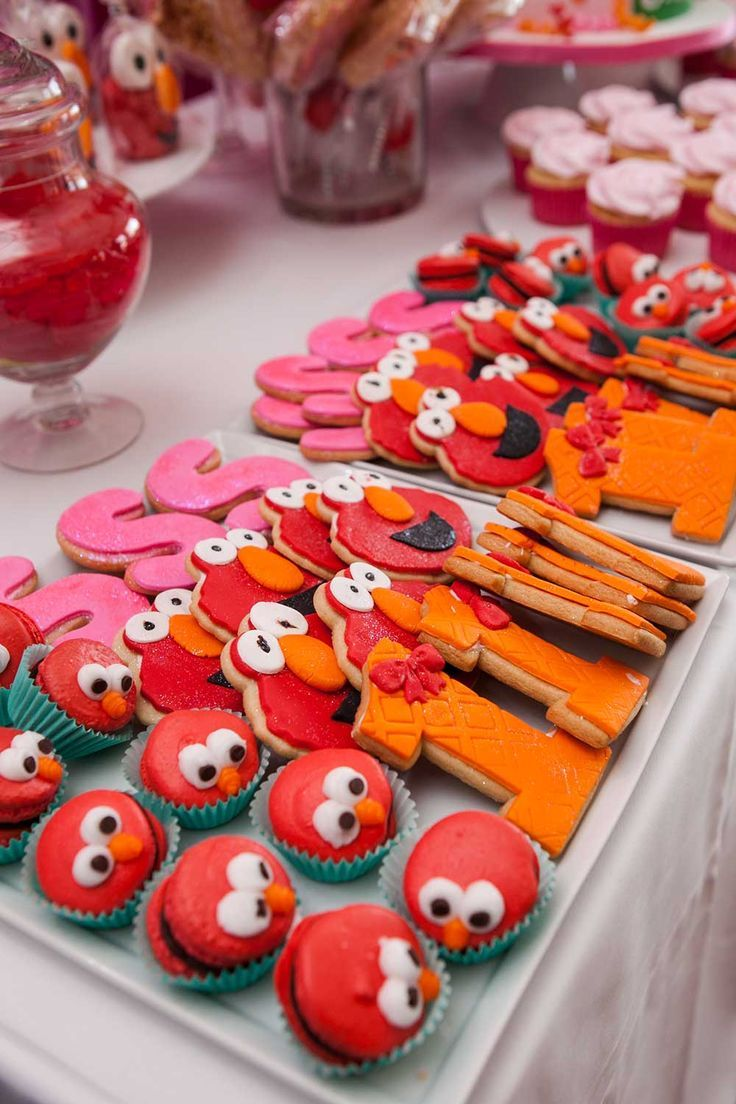 Elmo Themed First Birthday Party in 2020 Elmo party