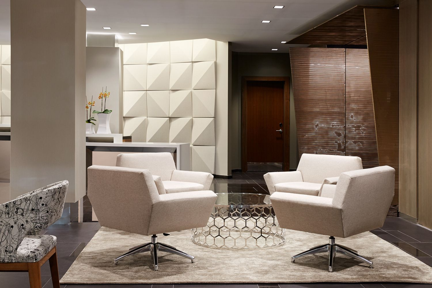 The godfrey in the downtown crossing nabe is hoping to catch your eye with ultra modern interiors swish in room technology and an italian inspired lobby