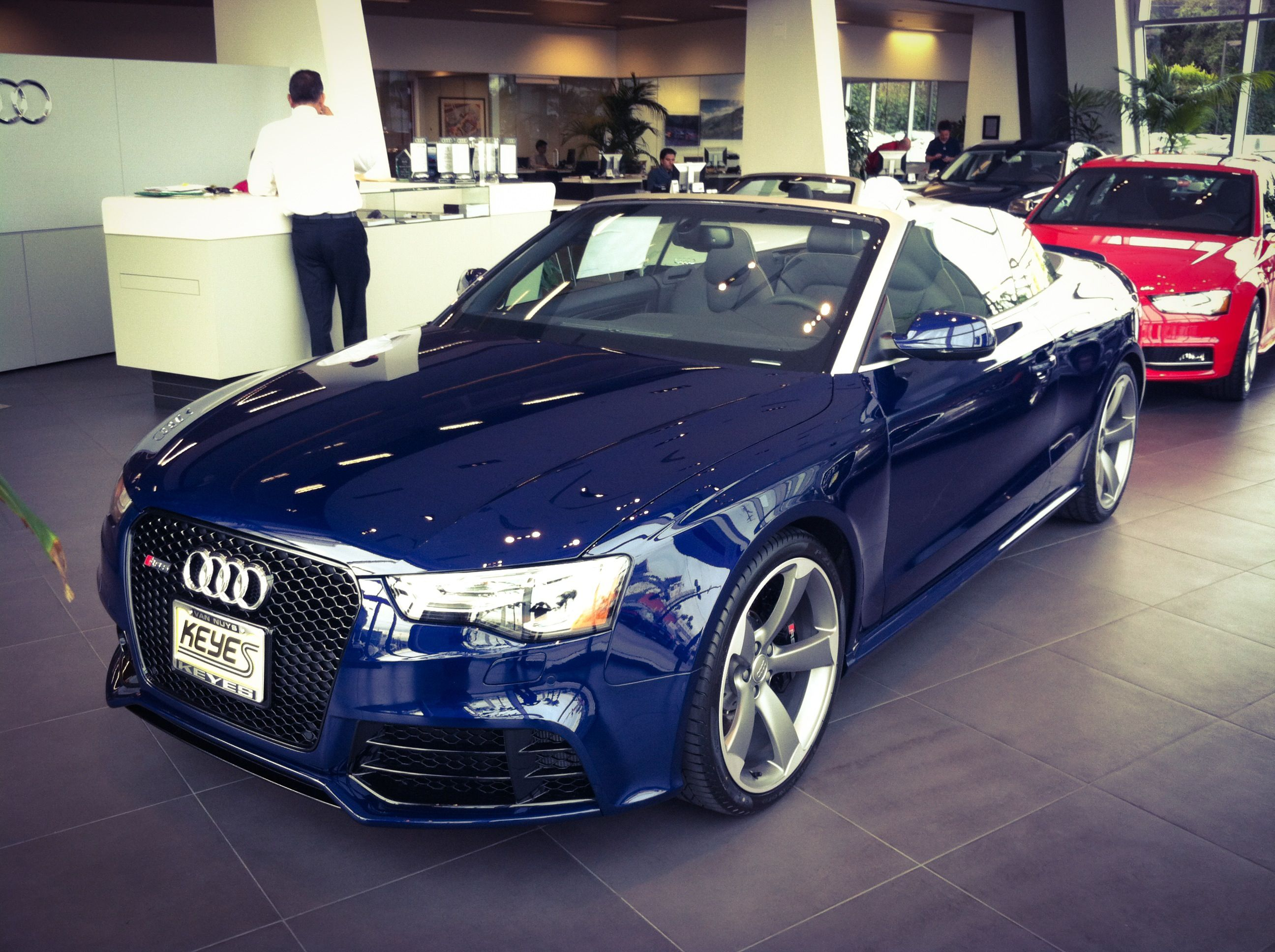 2014 audi rs5 cabriolet has arrived at keyes audi this very rare audi is panther black crystal effect on titanium with sport exhaust who s intere
