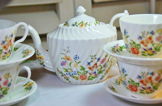 Beautiful Aynsley Cottage Garden Tea Set Teapot By