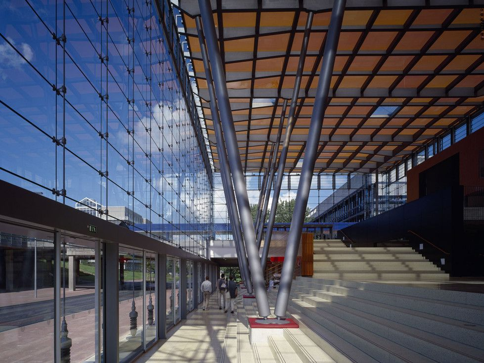 Humorous Structural Glass : Entrance hall university of bremen structural glass