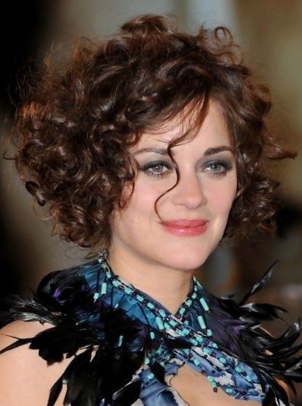 Marion Cotillard Curly Hairstyles For Short Hair Short Curly