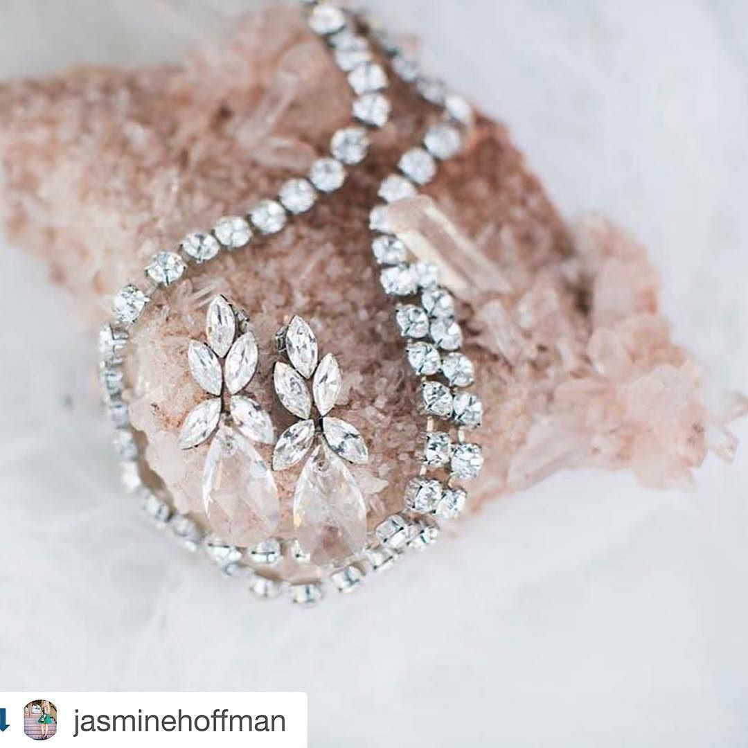 great vancouver wedding #Repost @jasminehoffman with @repostapp. ・・・ F E A T U R E D ✨ T O D A Y #Repost @rockymtnbride ・・・ Glam on glam. Don't miss today's to-die-for shoot out of British Columbia. On the blog, tap for vendors. #elsacorsi #soirettemacarons #britishcolumbia #winter #crystals #jewelry #rockymountainbride @jasminehoffman @jewelietteshop @nomo.simplysweetphotography @jevents.planning.design @thecrossdesign @cakebyannie @lovesoirette @hairbybrands...