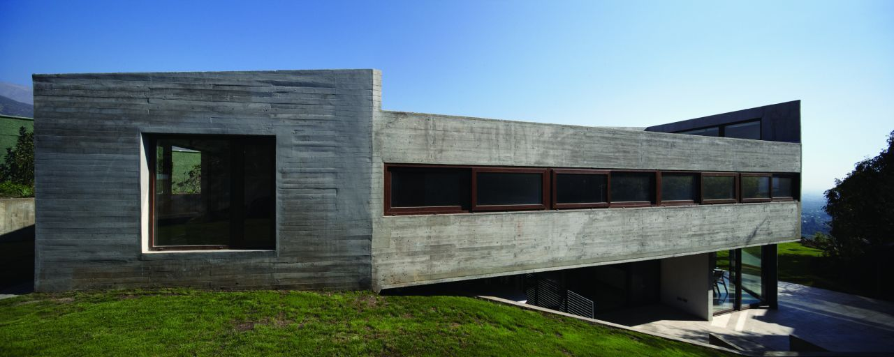 Casa Mirador de Los Dominicos / Carreño Sartori Arquitectos