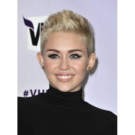 Miley Cyrus In Attendance For Vh1 Divas 2012 Concert Canvas Art -  (16 x 20) - Walmart.com #tomboyhairstyles