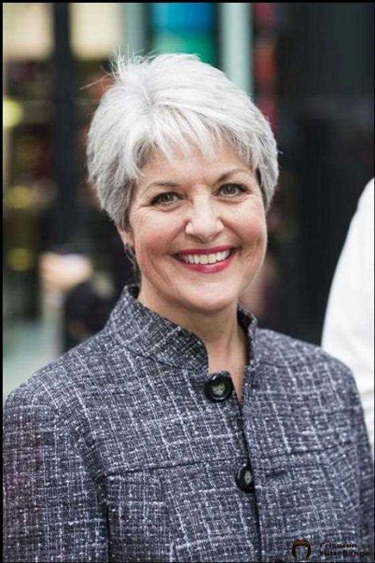 27 Beste Kurzhaarschnitte für Frauen über 50   Short grey