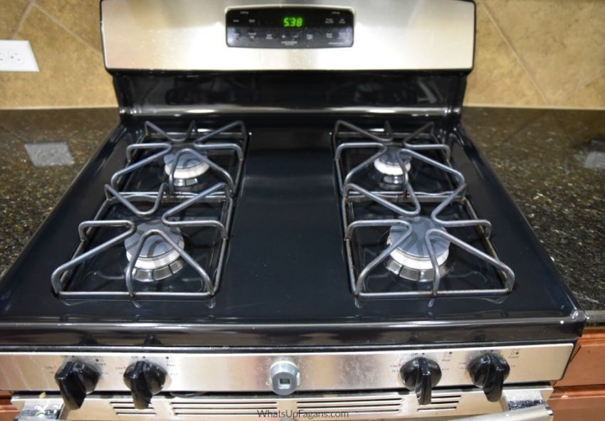 Beautifully Clean Gas Stove Top With Clean Gas Stove Burners And Clean Gas Stove Grates And Clean Gas Stove Burners Clean Gas Stove Top Gas Stove Top Gas Stove