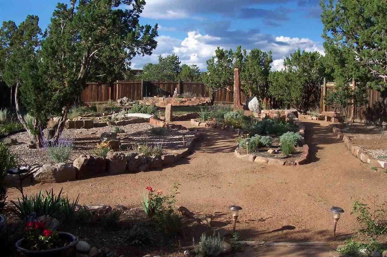 Pin by Cindy Weiner on Garden | Pinterest | Santa fe nm and Gardens