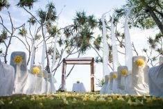 Simple yet lovely wedding chair decoration | Project by Alila Hotels and Resorts (Bali) http://www.bridestory.com/alila-hotels-and-resorts-bali/projects/seaside-romance-resort-exclusivity