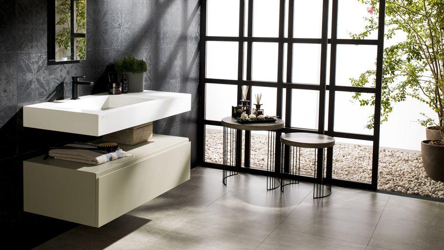 Krion® amplía la colección Ras con nuevos lavabos y muebles de baño