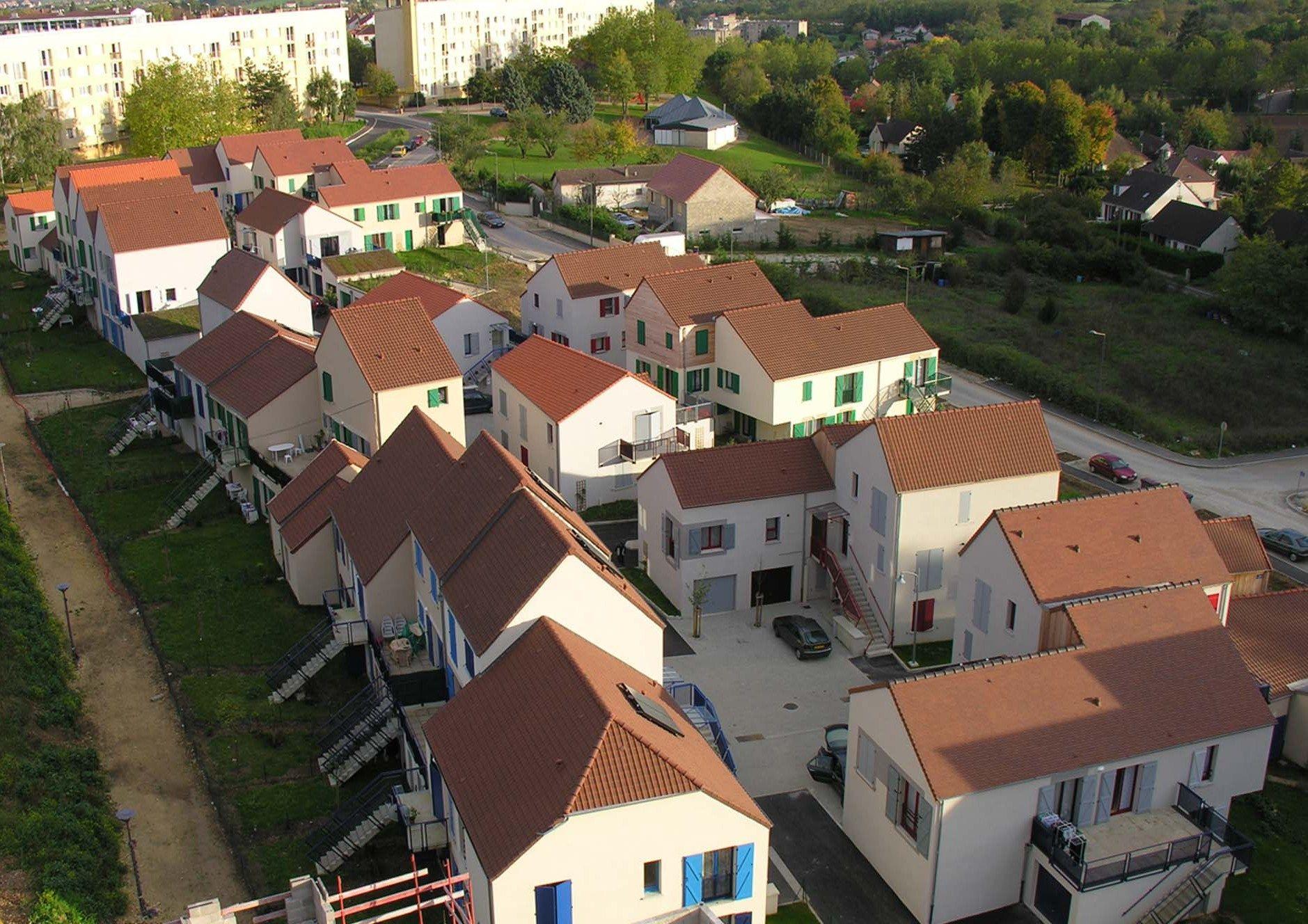 100 logements, quartier des Brichères, Auxerre, France, 2003-2005 (avec Serge Renaudie, urbaniste)