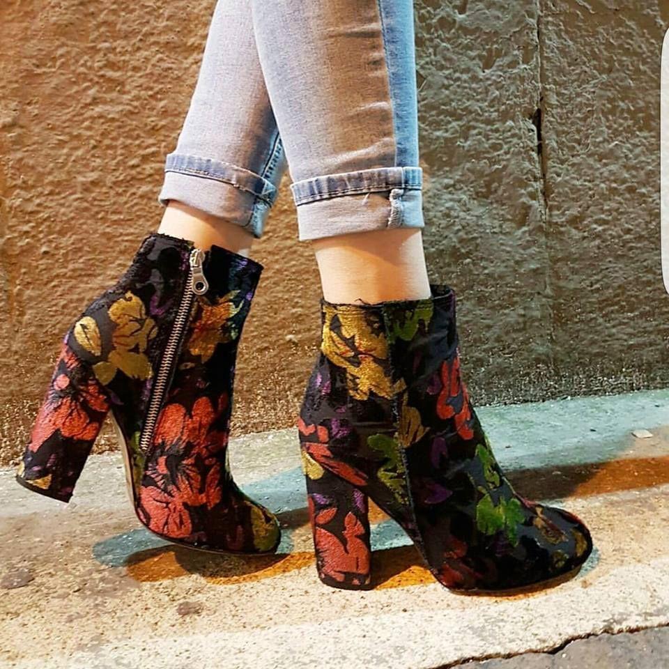 Tronchetti lia flowers diva and zip - Lia diva calzature ...