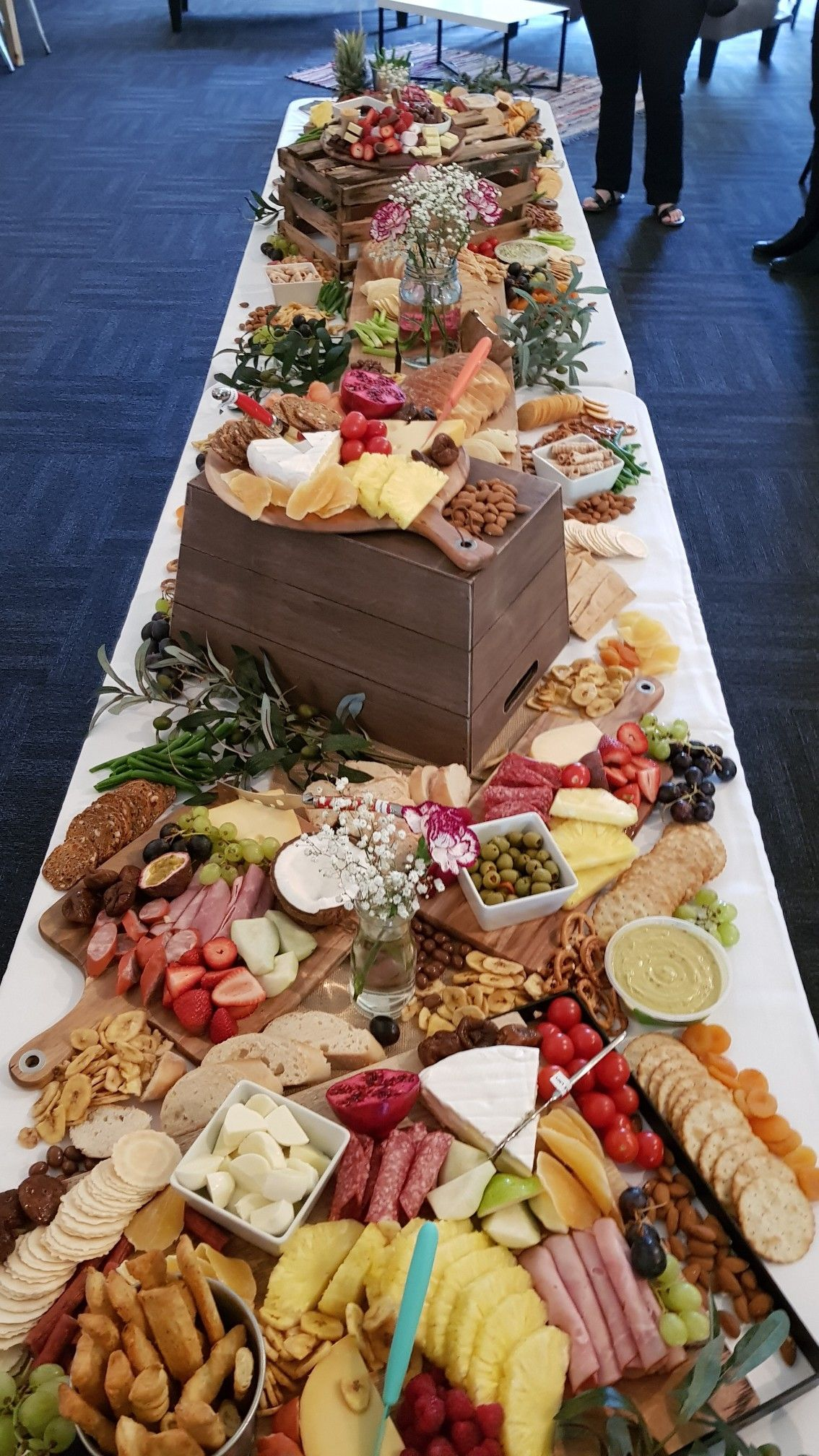 Kids grazing table birthday party | Birthday party food
