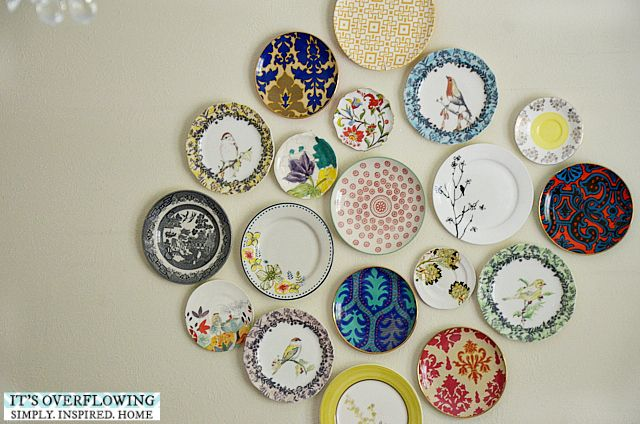 How to Decorate Your House with Plates ItsOverflowing 4 & How to Decorate Your House with Plates Itu0027s Overflowing | DIY and ...