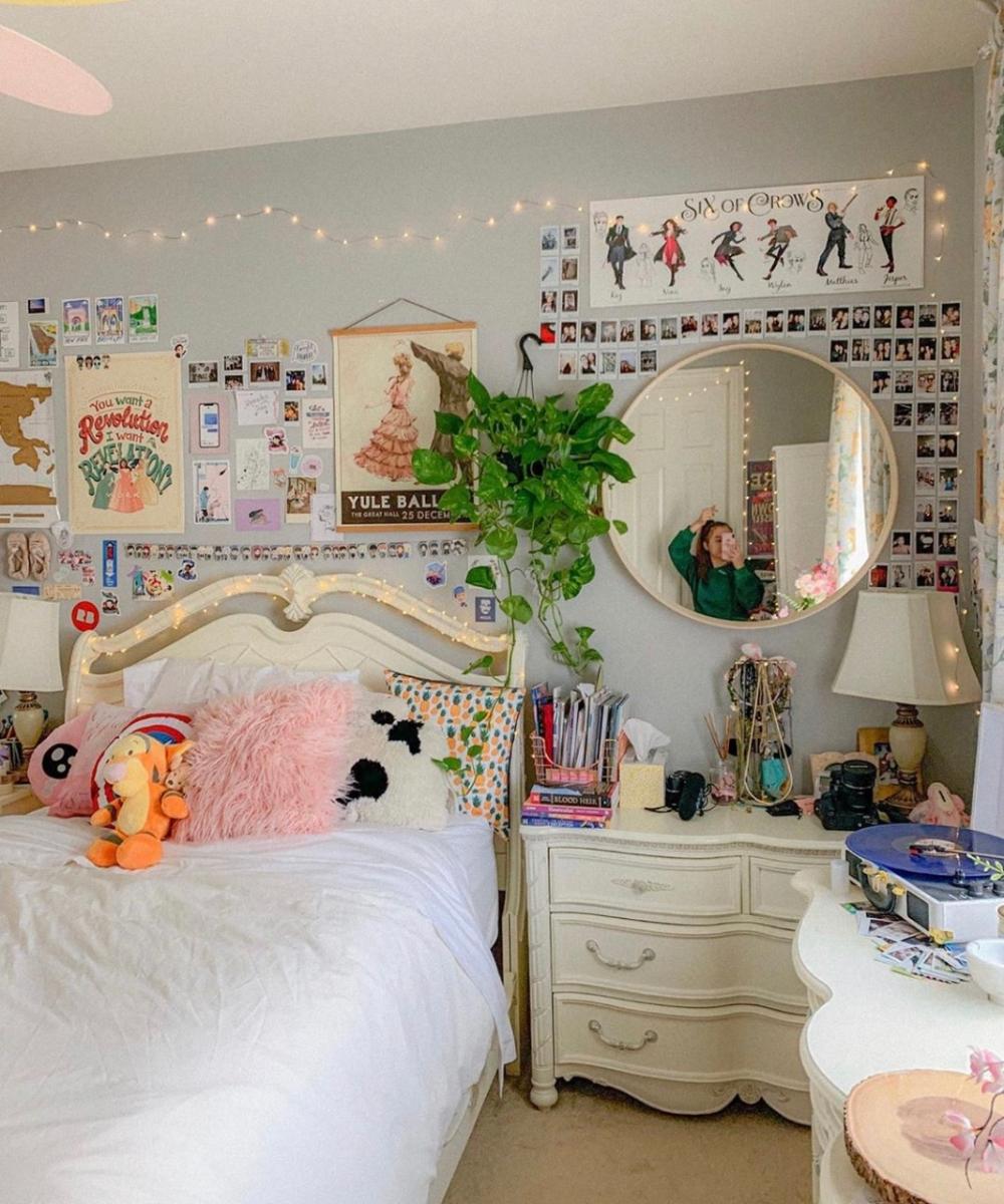 Tiktok Room Aesthetic Google Search Indie Room Room Inspo Aesthetic Bedroom
