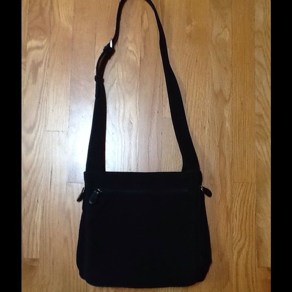 b64cac901b HOBO INTERNATIONAL NYLON CROSSBODY BAG BLACK HOBO International crossbody  bag. Black. Nylon. Very