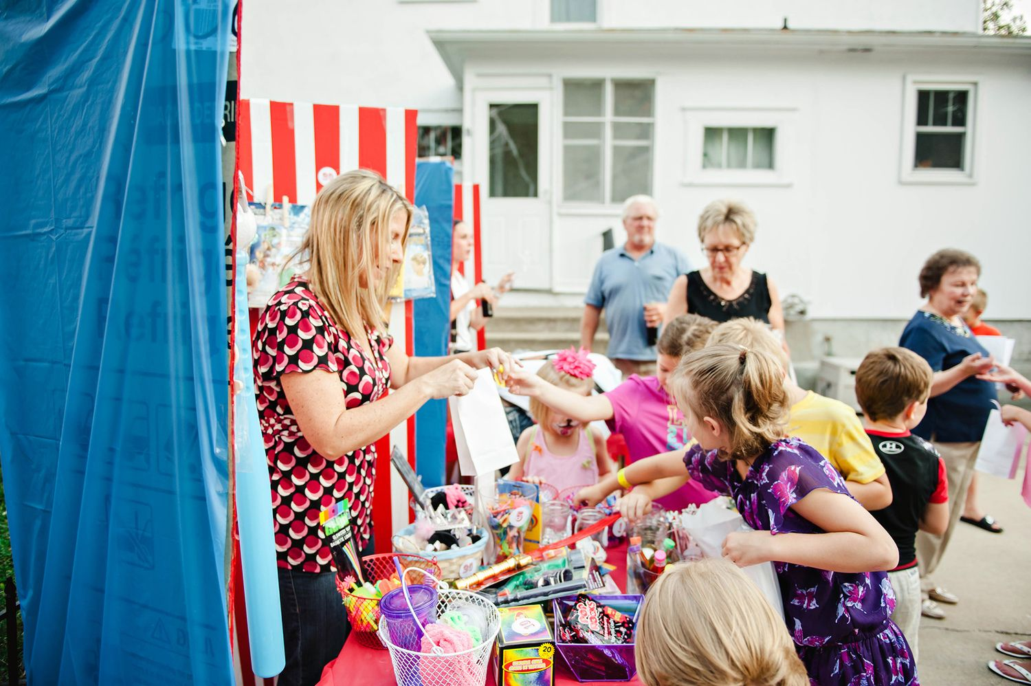 Carnival Circus Birthday Party - Prize Booth