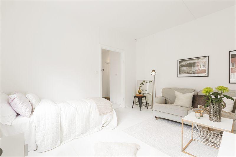 Bright studio apartment | Interior, Cozy space, Studio living