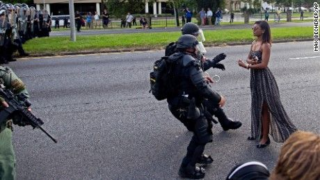 Baton Rouge protests: Photo everyone is talking about - CNN.com
