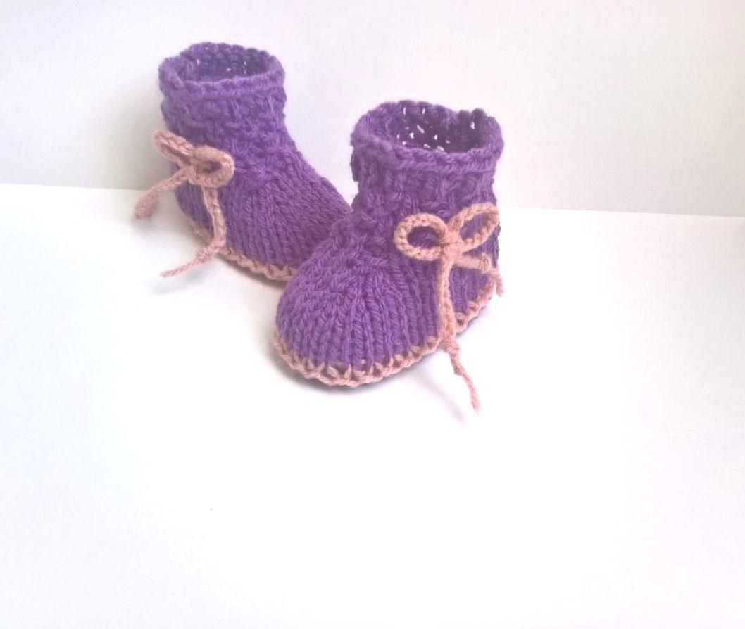 c0b9f4f12c5b8 Chaussons Chaussures bébé 0 3 mois Violet   vieux rose layette tricot fait  main laine   Mode Bébé par sweet-creas