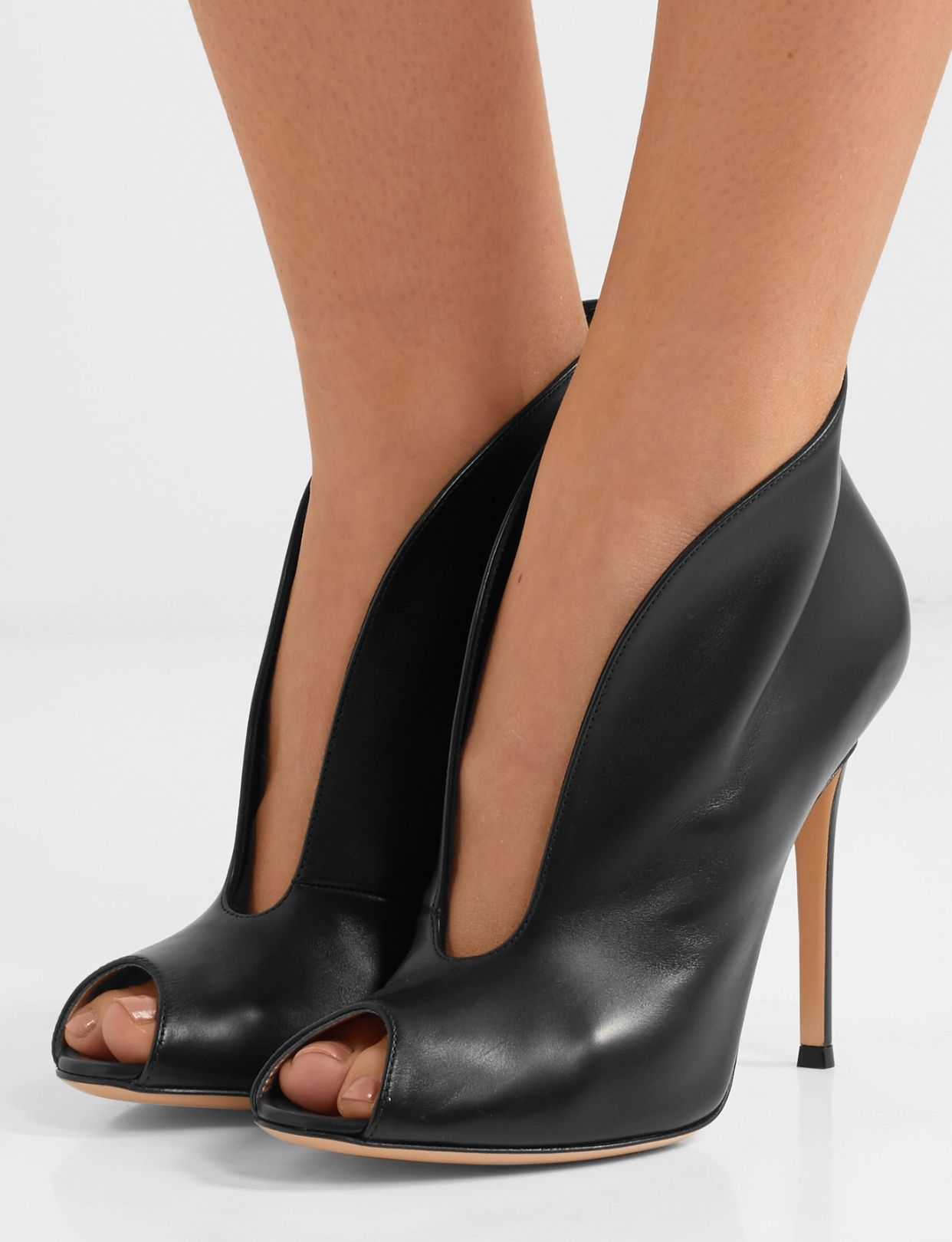 Pin by Jabf13v on Zapatillas | Womens shoes high heels