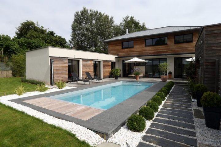 La piscine paysagée par l'esprit piscine 8 x 3,5 m
