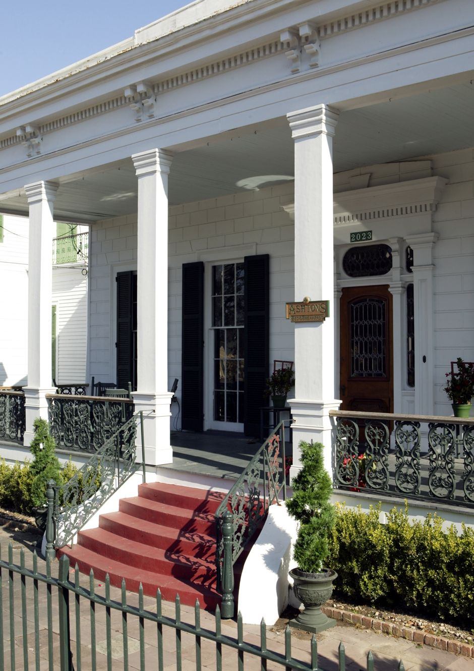 Bed And Breakfast New Orleans Garden District Umah Date Pinterest