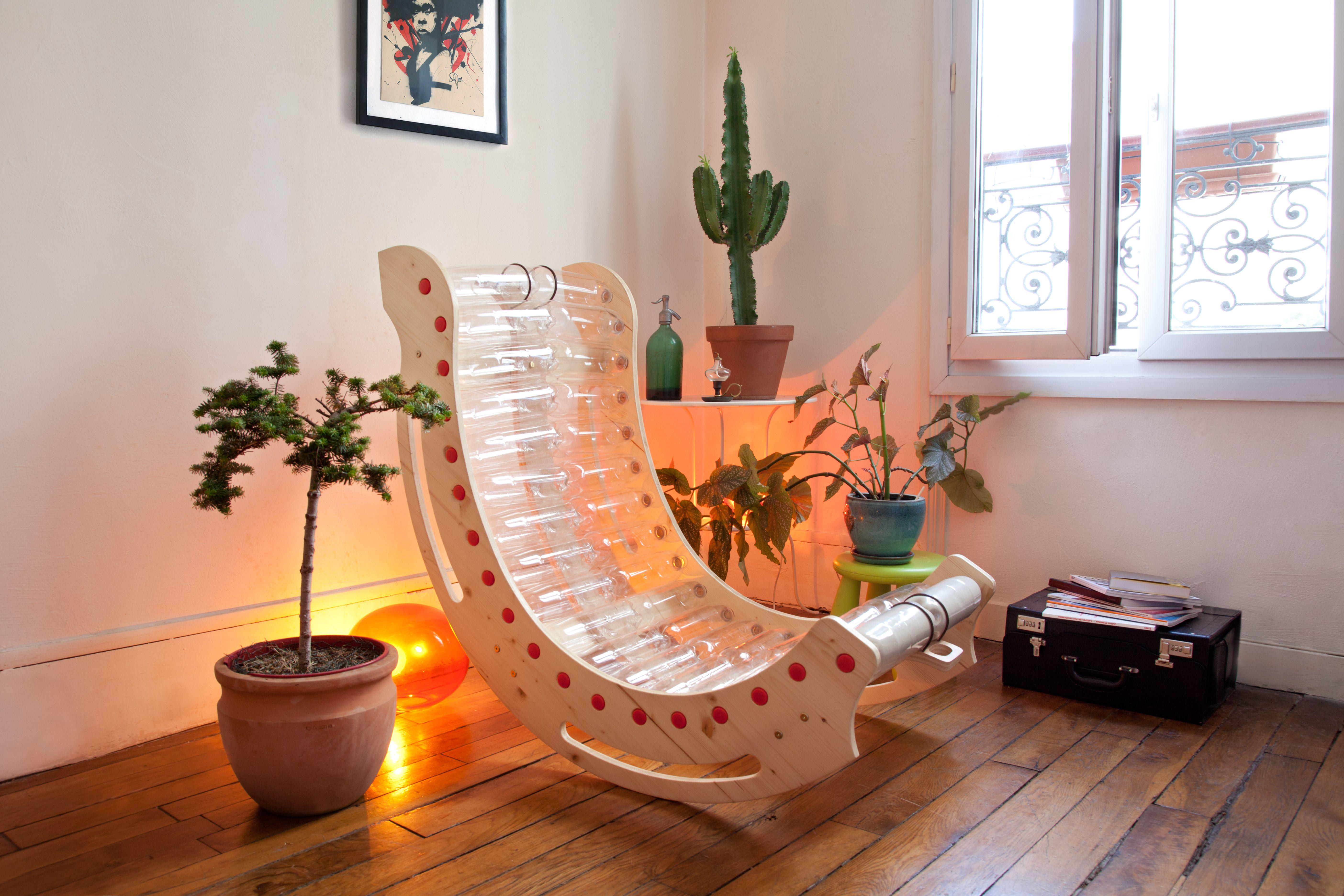 кресло из бутылок пластиковых фото один них