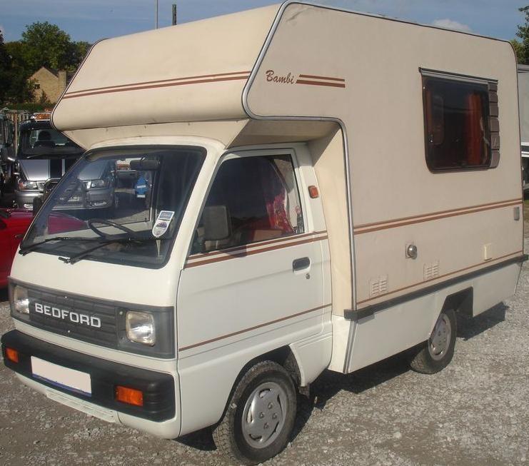 Autohomes Bambi Bedford Rascal Mini Coachbuilt 3 berth