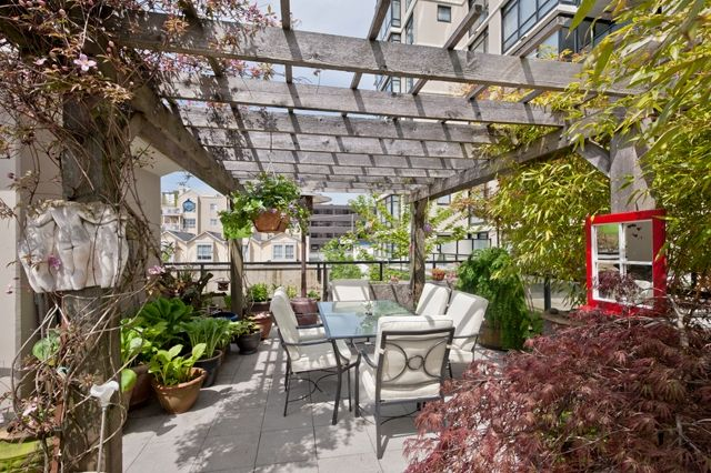 """Photo 16: Photos: Downtown NW Condo for sale in """"THE POINT"""" : 2 bedrooms : 203 610 VICTORIA Street in New Westminster : MLS(r) # V949252"""