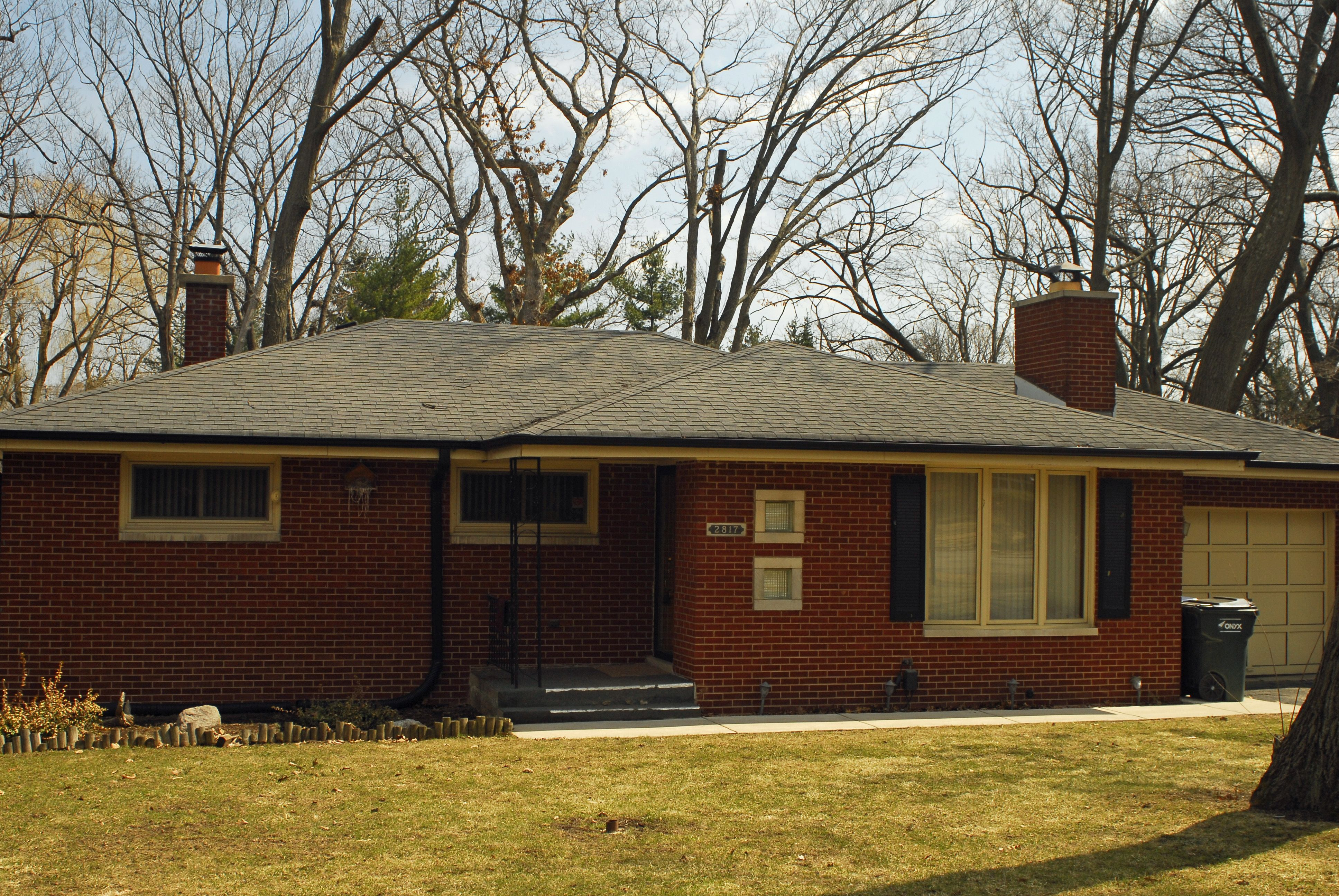 2817 Forest Ln in Waukegan is a great brick ranch steps