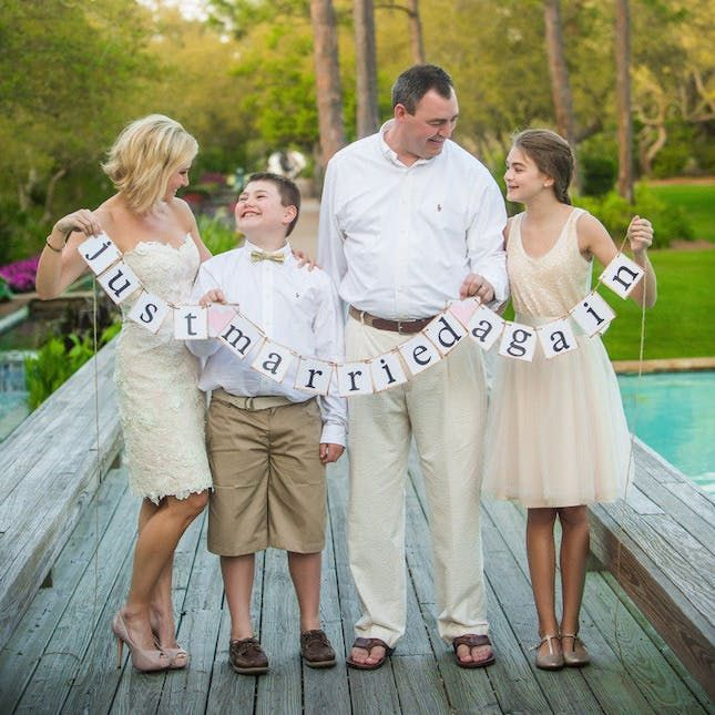 Dresses For Vow Renewal Ceremony: 11 Ideas For The Sweetest Vow Renewal Ceremony