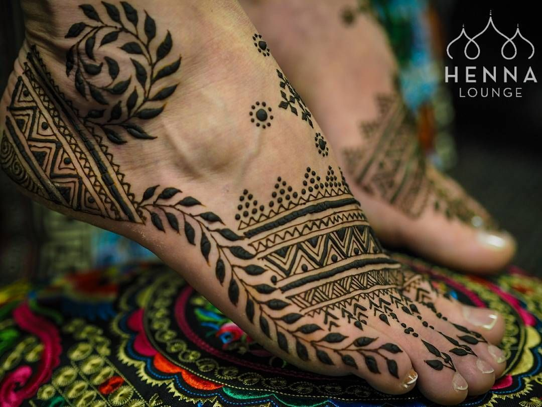 Mehndi Ankle Instagram : And @polarsling starts off with a bang! menna for @radiofreaknick