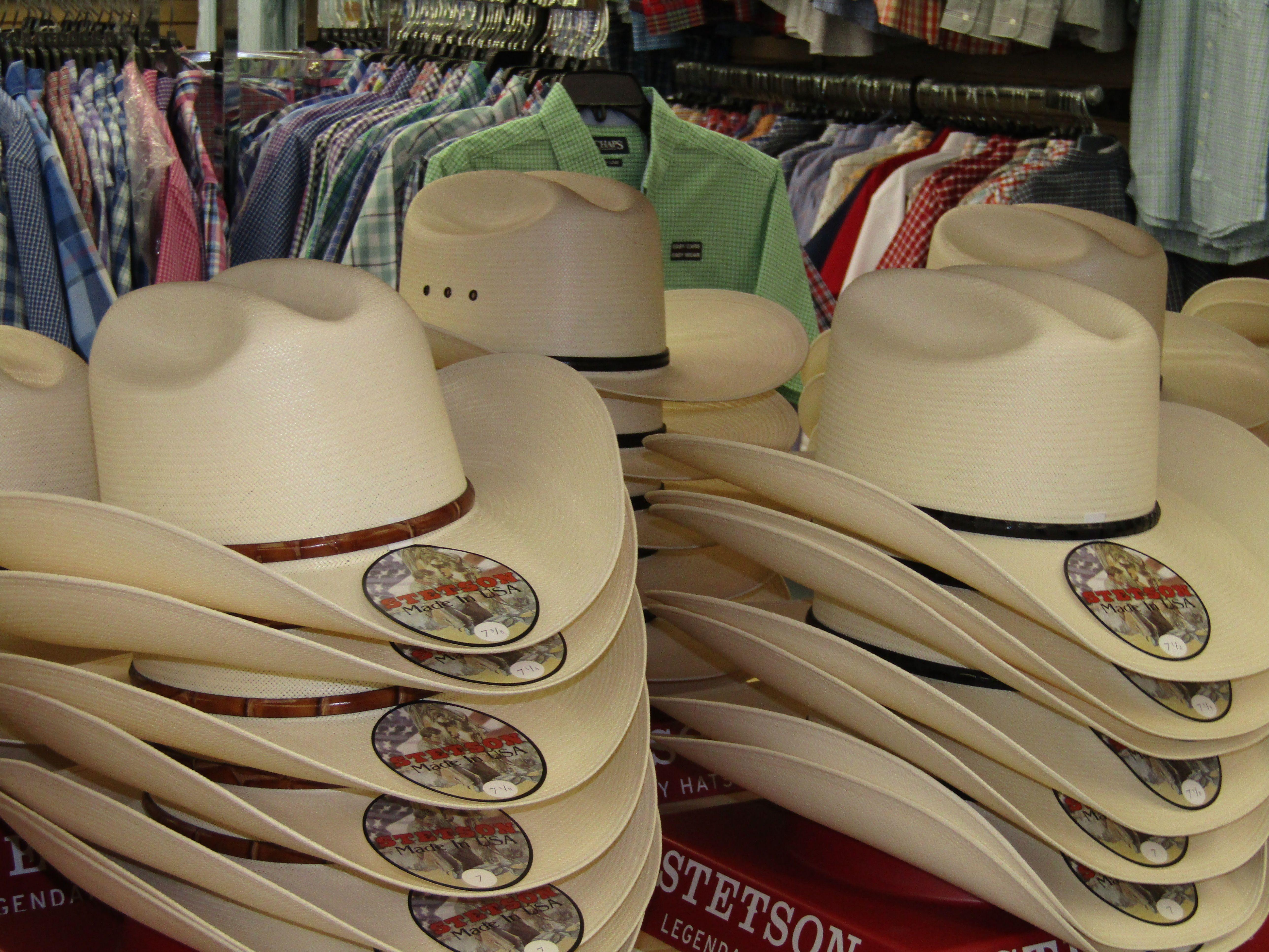 Casa Raul 1102 Grant St In Downtown Laredo Laredo Texas Cowboy Outfits Cowboy Gifts Laredo