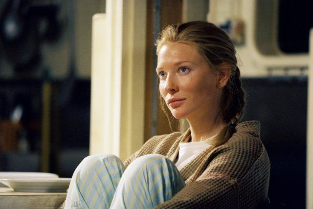 Still of Cate Blanchett in The Life Aquatic with Steve