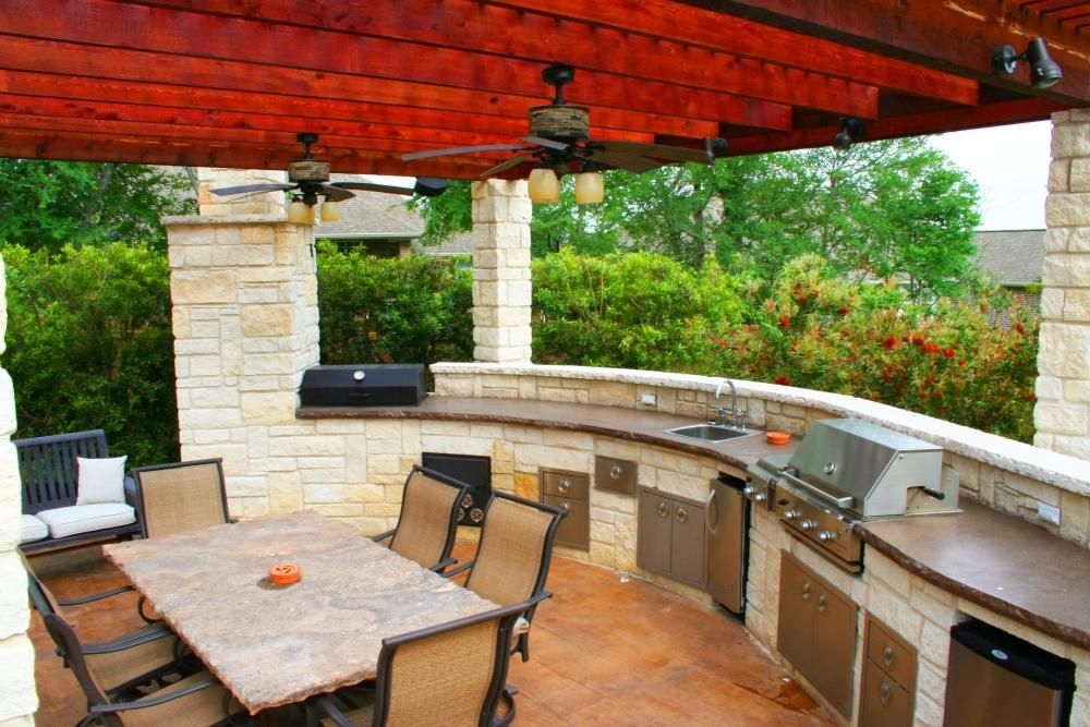 Hitt S Landscape Maintenance Inc Landscaping Outdoor Kitchens Pool Design Bryan C Outdoor Kitchen Outdoor Kitchen Appliances Outdoor Kitchen Design