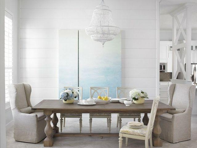 Esszimmer einrichten rustikaler Holztisch vintage Stühle weiß - Esszimmer Modern Weiss