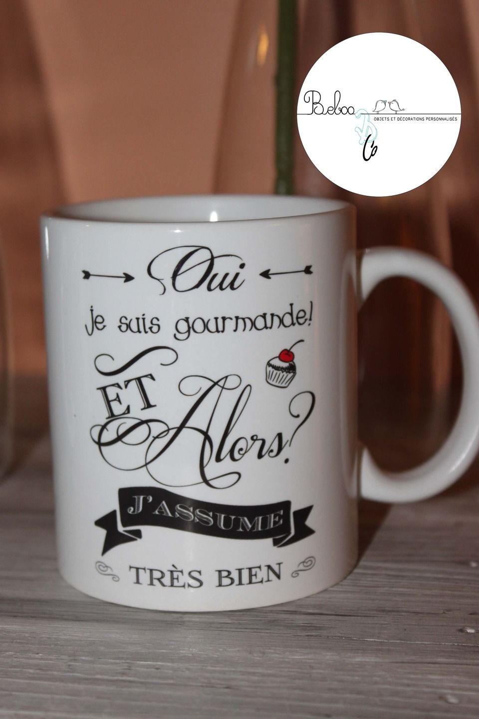 tasse mug c ramique je suis gourmande vaisselle verres par bebooandco tasse a customiser. Black Bedroom Furniture Sets. Home Design Ideas